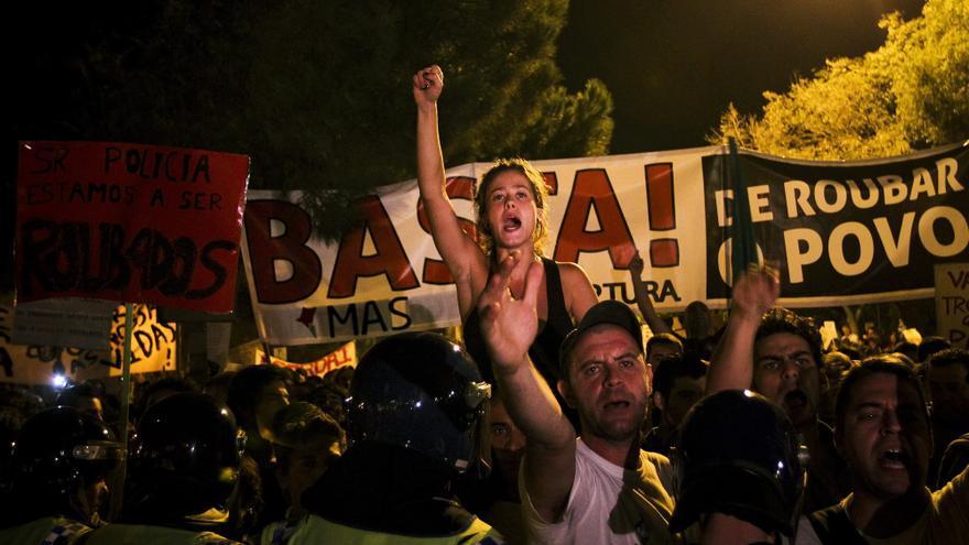 Portugal debe bajar su déficit en 2012 un 1,8% más para cumplir con la troika