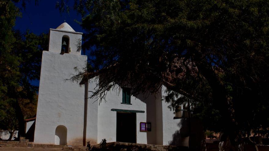 Iglesia Colonial de Santa Rosa de Lima, en Purmamarca. VIAJAR AHORA