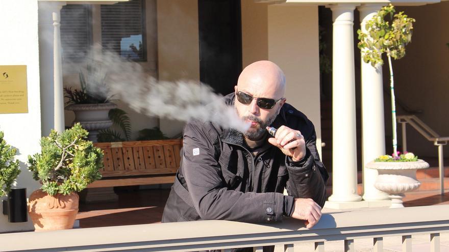 Al menos seis millones de europeos han dejado de fumar con el cigarrillo electrónico