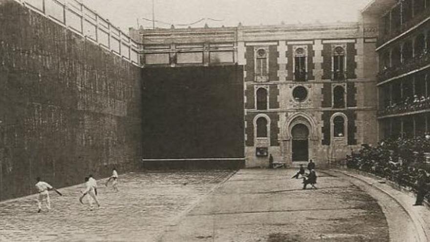 El histórico frontón Beti Jai de Madrid / Foto: 'pilotaworld.com'.