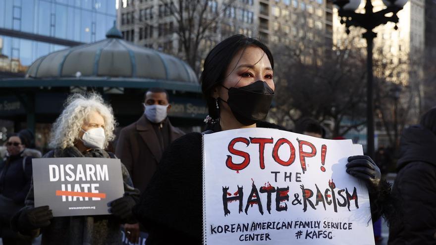 Los asiáticos copan en Nueva York los talleres de autodefensa contra racismo