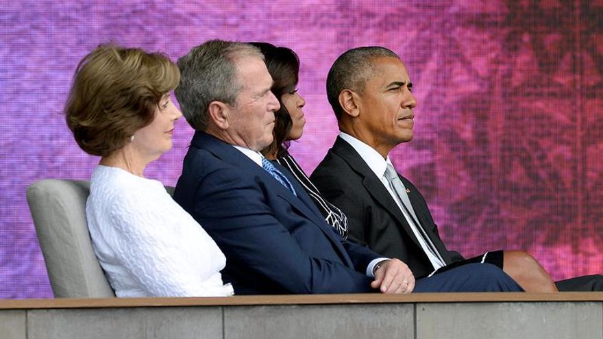 """Obama inaugura con """"la campana de la libertad"""" el museo afroamericano de EE.UU."""