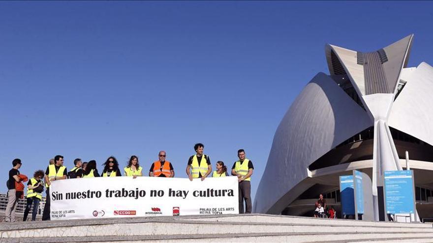 Trabajadores del Palau de les Arts piden mayor apoyo económico del Gobierno