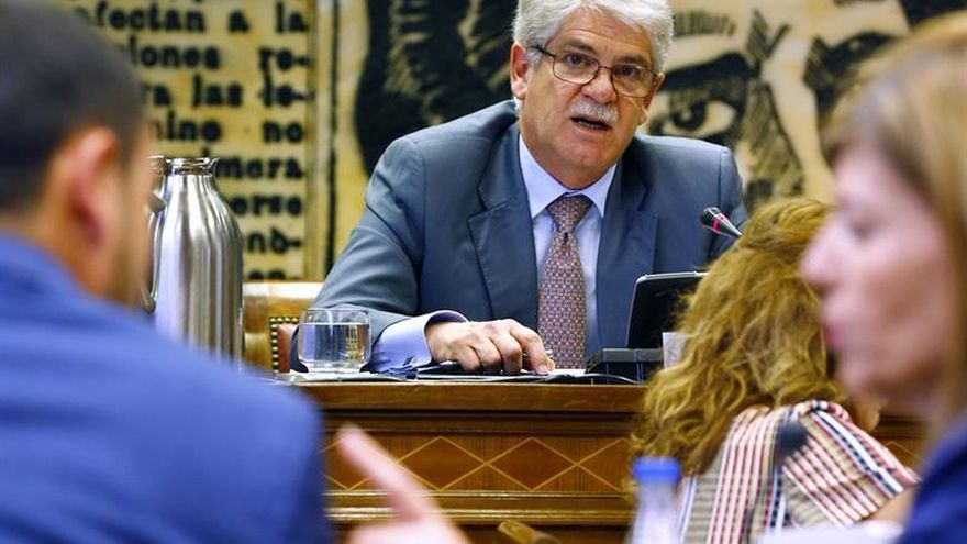 Dastis se compromete a trabajar para subir los presupuestos de cooperación de 2018