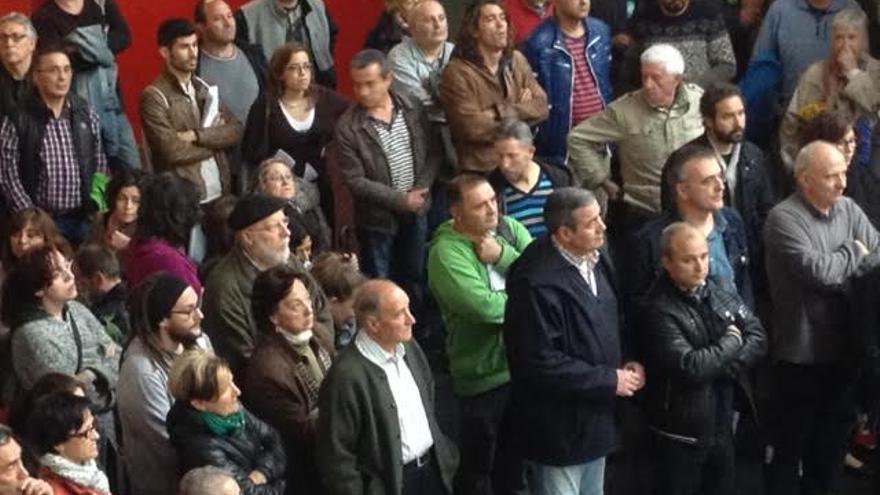 Imagen de la primera asmable abierta de Podemos Álava después de las elecciones europeas.