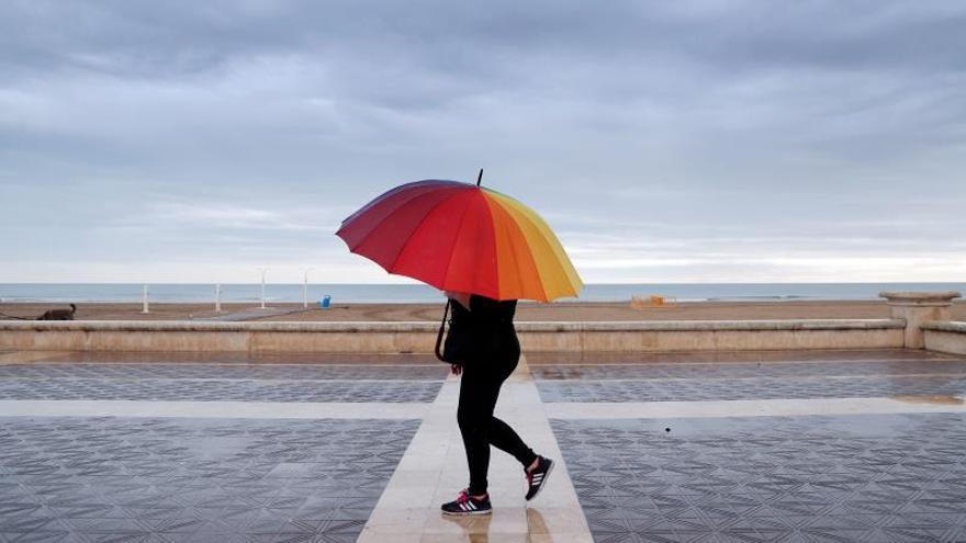 Previstas lluvias fuertes desde mañana en la mitad norte mediterránea y Baleares