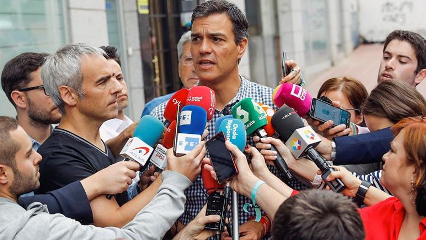 "Afines a Sánchez se desvinculan ""absolutamente"" de lista aprobada en Huelva"