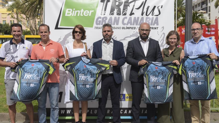 Presentación del Binter Triplus Gran Canaria.