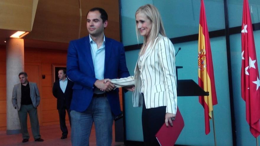 PP y Ciudadanos ratifican este viernes su acuerdo para la investidura de Cifuentes