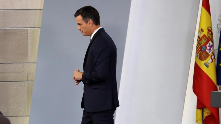 Sánchez admite que la exhumación de Franco podría retrasarse a enero