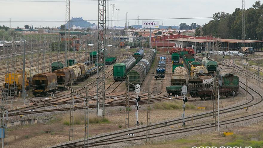 Ferrocarril de mercancías en Córdoba | MADERO CUBERO