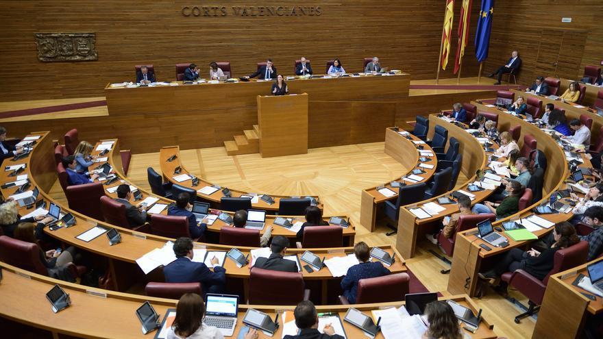 Un momento de la sesión de las Corts Valencianes celebrada este jueves