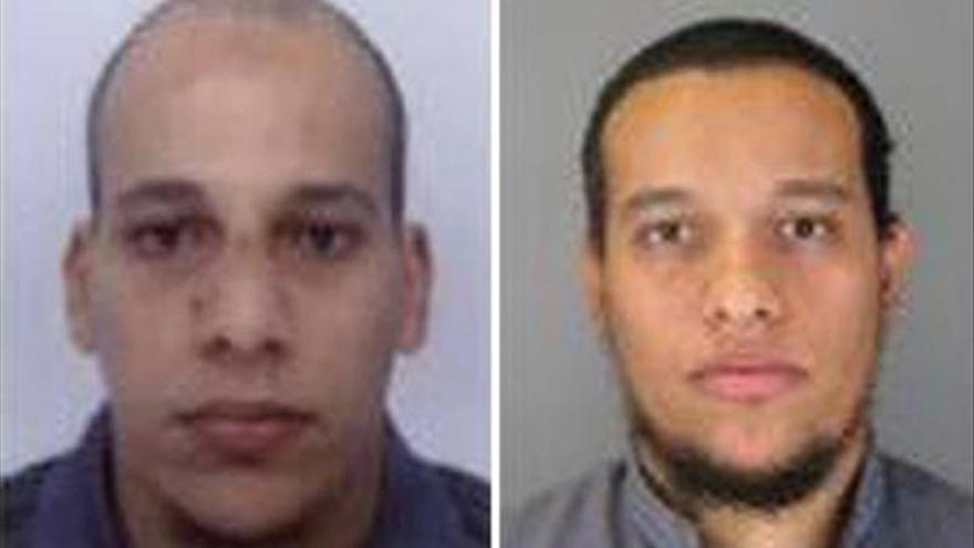 """Se entrega uno de los tres sospechosos por la masacre del """"Charlie Hebdo"""""""