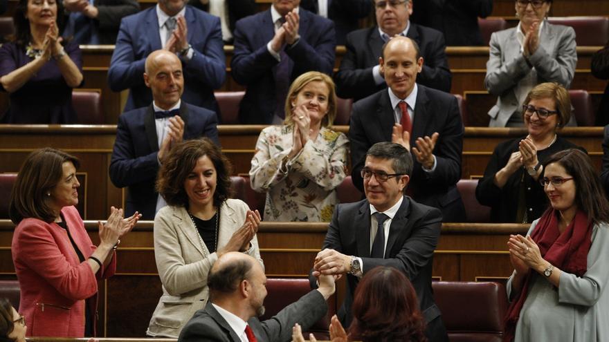 Patxi López tiene derecho a una pensión de 77.000 euros como expresidente del Congreso, pero sólo si deja el escaño