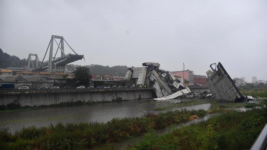 Al menos 11 muertos y cinco heridos tras el derrumbe de un viaducto en Génova