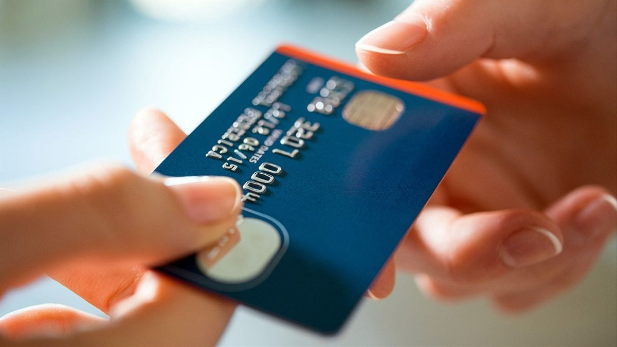 Tarjetas de crédito ganaron terreno antes el uso de efectivo