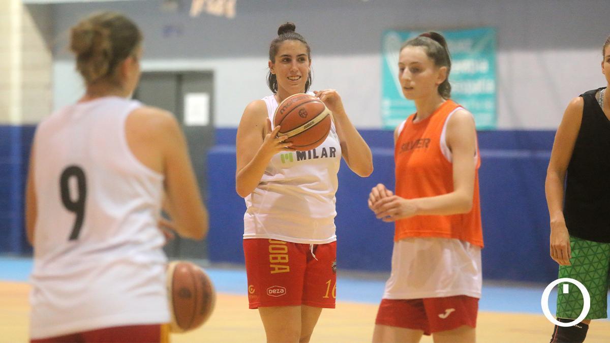 Jugadoras del Milar Córdoba BF en un entrenamiento
