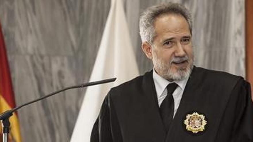 Emilio Moya ha tomado posesión este lunes de su cargo como presidente de la Audiencia Provincial de Las Palmas. (EFE)
