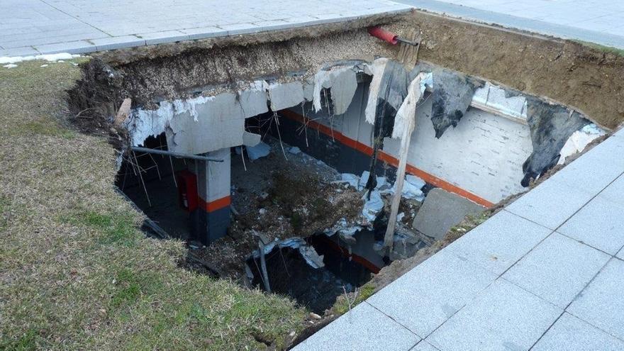 Continúa cerrado el aparcamiento del Palacio de Justicia tras el derrumbe