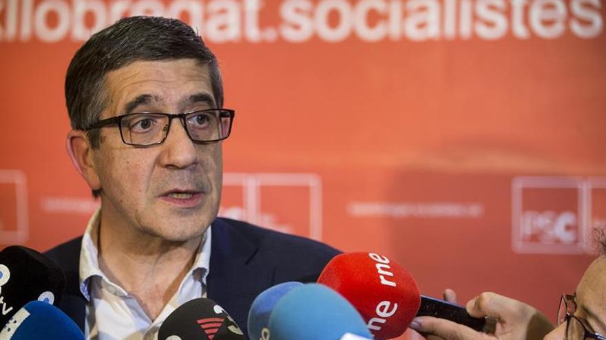 "Patxi López ve en el desarme de ETA ""la foto de la victoria de la democracia"""