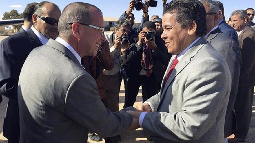 Gobiernos rivales libios buscarán mañana en Roma acabar con el vacío de poder