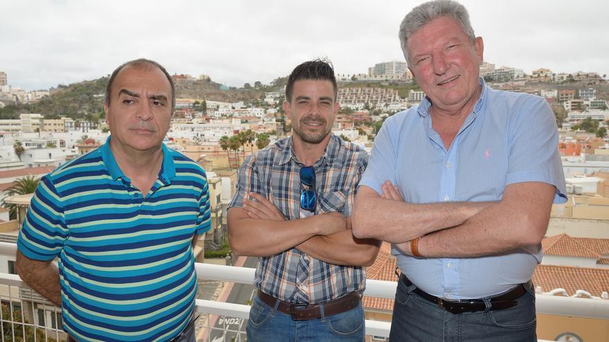 Pedro Quevedo con representantes de la Asociación de Empresarios y Comerciante de Schamann