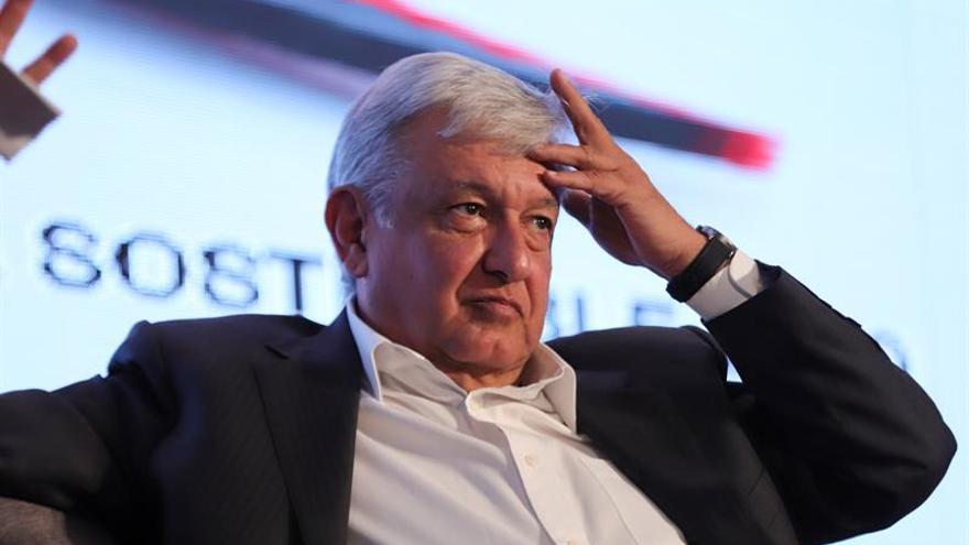 López Obrador decidido a captar indecisos para ganar presidencia