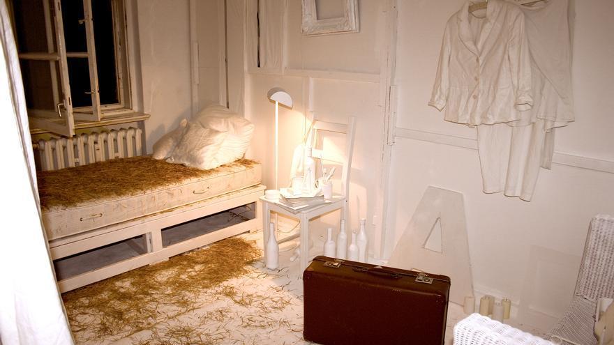 La habitación de una de las artistas, Fernanda, de Sao Paulo, que realizó una performance en su interior