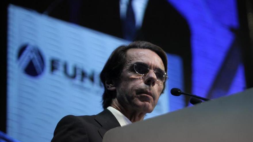 """Aznar pide un """"rearme moral"""" ante el terror tras el """"acto de guerra"""" de París"""