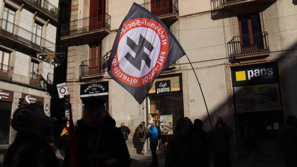 Al acto de Vox celebrado en Barcelona ha asistido también un grupo de neonazis.
