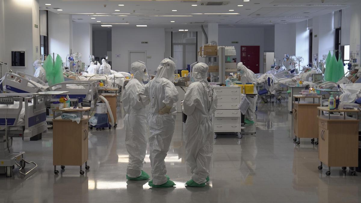 UGT denuncia que los ratios de Enfermería en la UCI COVID se cubren precariamente.