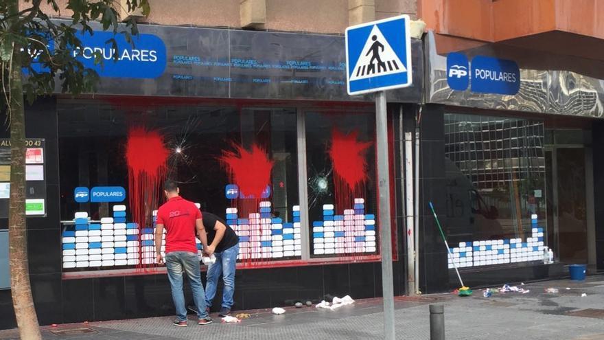La sede del PP en la calle Venegas se abrió en abril para los comicios del 24 de mayo.