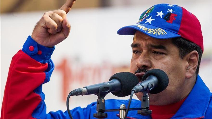 """Maduro dice que desde España hay un plan para """"agredir"""" a Venezuela este mes"""