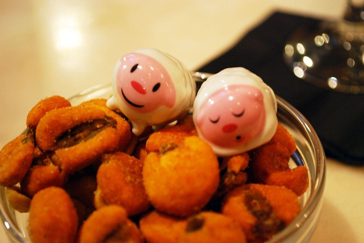 Humberts y kikos y cacahuetes_Malasaña a mordiscos_Café de Ruiz