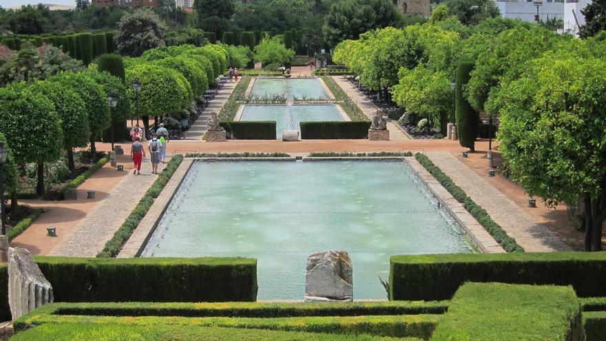 """El gobierno local eleva a asesoría jurídica el informe que detecta """"irregularidades"""" en la gestión del Alcázar"""