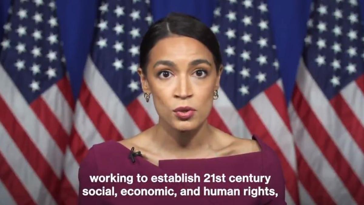 Ocasio-Cortez durante el vídeo emitido en la convención demócrata