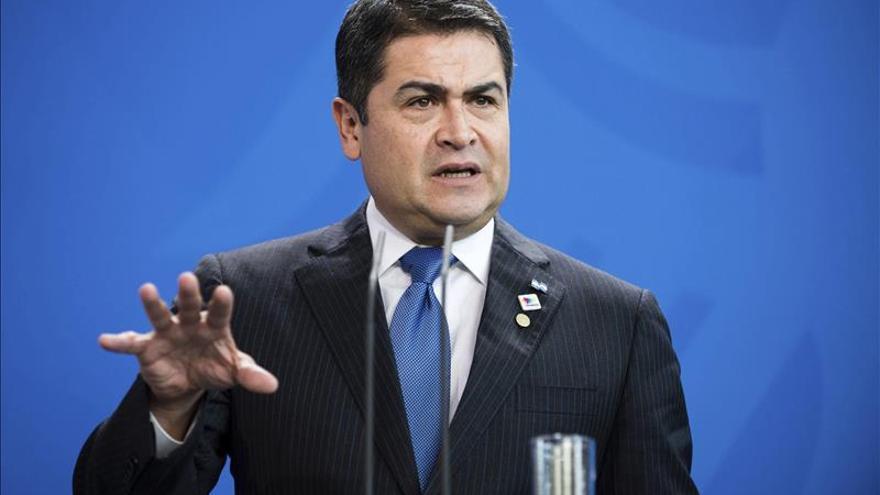 Juan Orlando Hernández se reunirá en días con Jimmy Morales para abordar la unión aduanera
