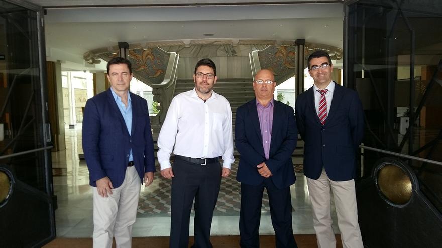 Los cuatro diputados aportarán sus votos favorables al candidato del PP por parte de Ciudadanos