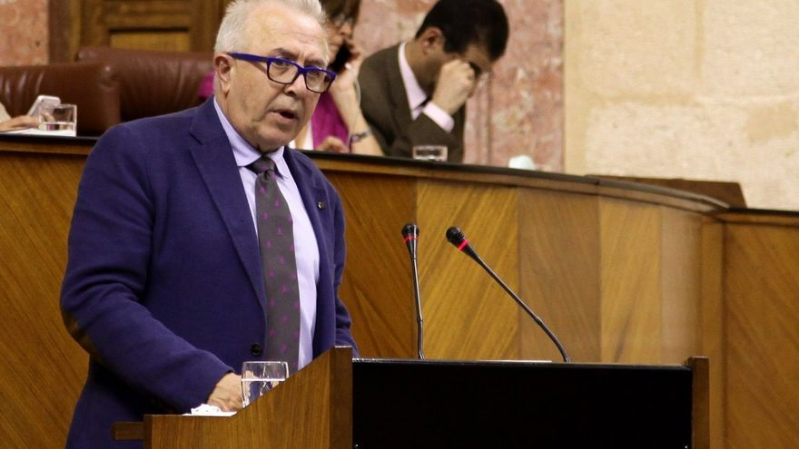 José Sánchez Maldonado sigue en el Gobierno de Susana Díaz en la remodelada Consejería de Empleo, Empresa y Comercio