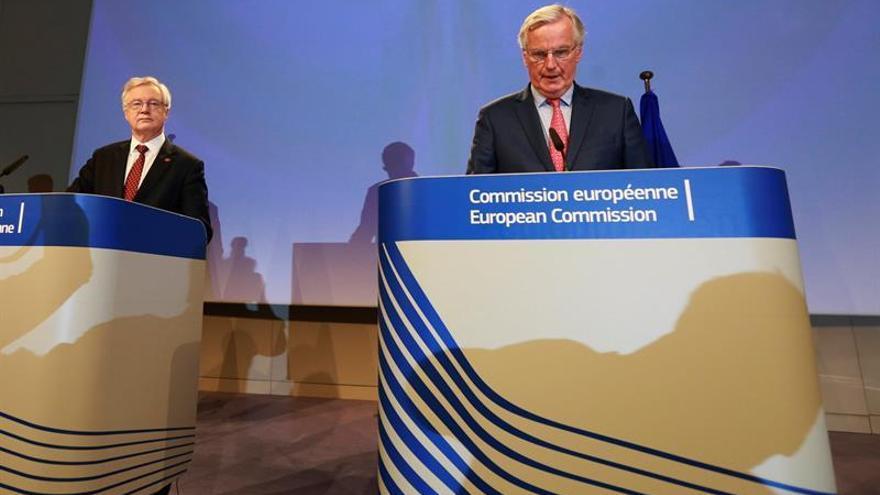 La UE pide clarificaciones a Reino Unido en dos semanas para pasar a la segunda fase