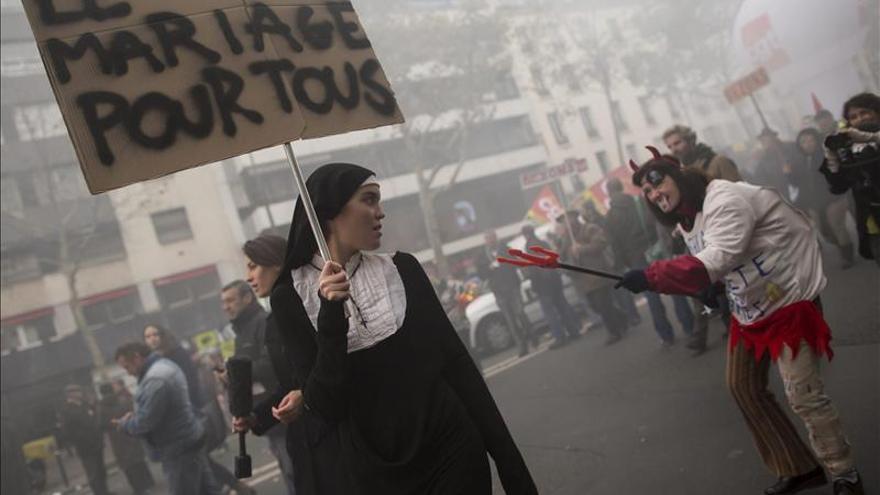 Los favorables al matrimonio homosexual se manifiestan en Francia