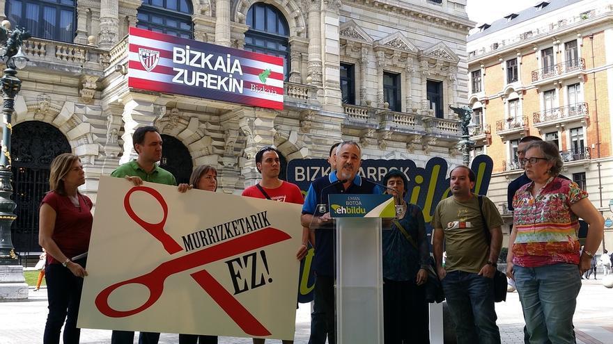 "EH Bildu se compromete a convertir Bizkaia en ""territorio libre de recortes sociales"""