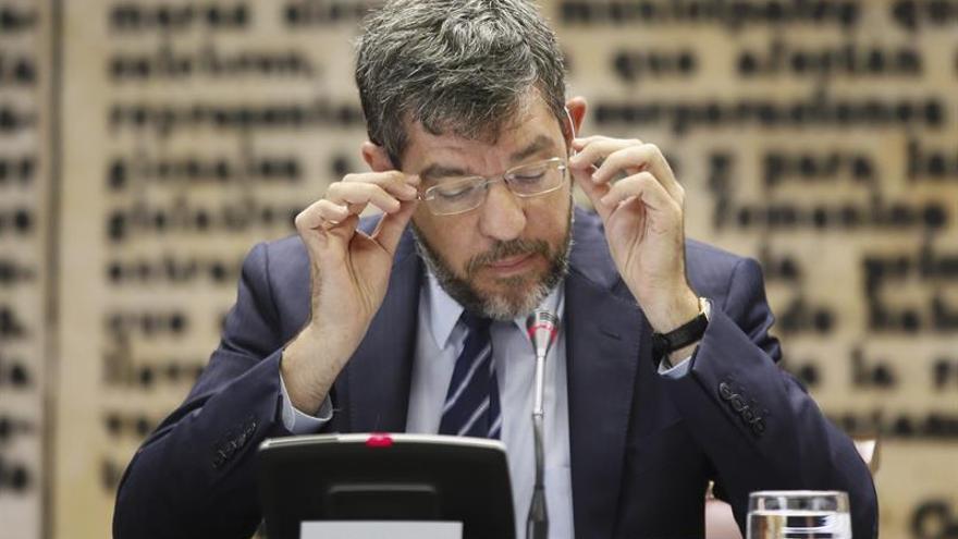 Alberto Nadal urge aprobar los Presupuestos para pagar la extra a los pensionistas