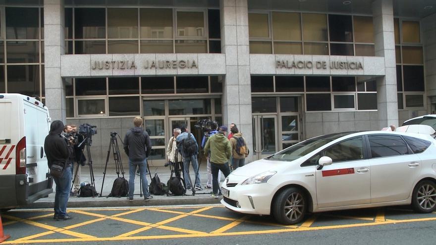 """El exalumno de Gaztelueta mantiene que su profesor abusó de él, pero no lo contó por """"vergüenza"""""""