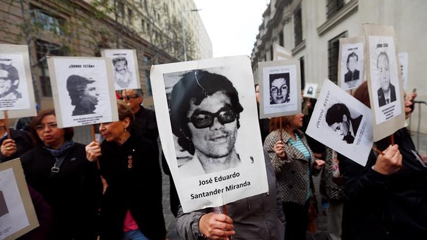 Descartan beneficios a seis exagentes de dictadura chilena que pedirán perdón