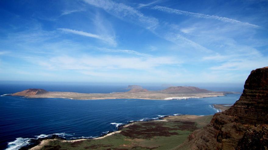Isla de La Graciosa desde el Mirador de El Río. Martin M.