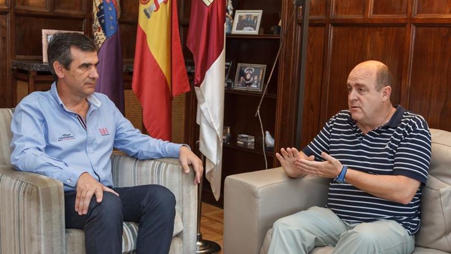 El alcalde de Guadalajara y el presidente de ACCEM Castilla-La Mancha / Foto: Ayuntamiento