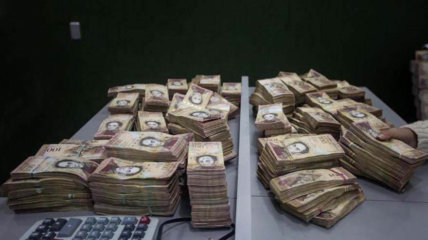 Venezuela amplía la vigencia del billete de 100 bolívares hasta el 20 de marzo