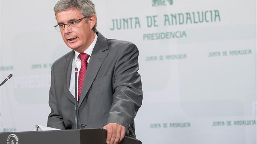 """El Gobierno andaluz pide que un """"problema orgánico"""" no desvíe la atención del grave desafío"""