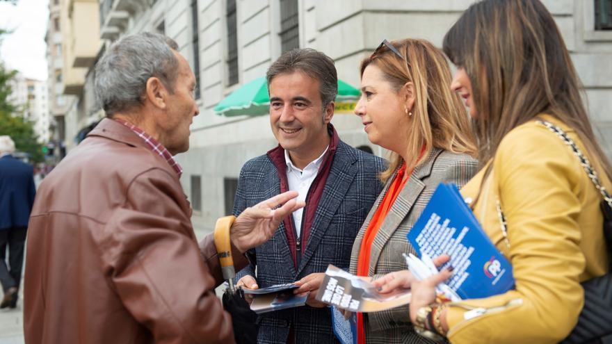 El candidato del Partido Popular Diego Movellán, en campaña. | PARTIDO POPULAR